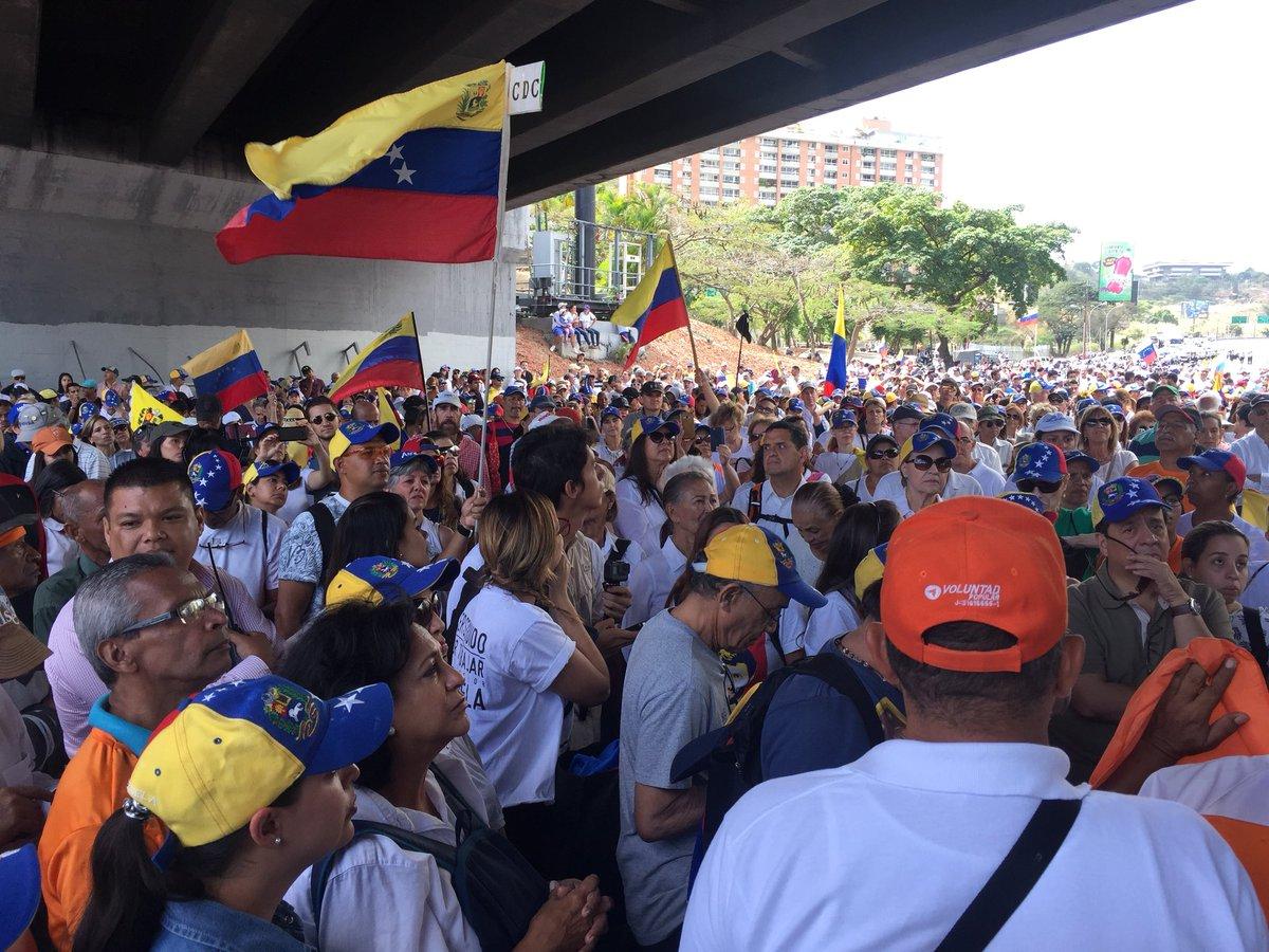 Fotos| Venezuela marcha por ayuda humanitaria