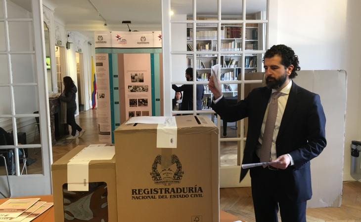 Colombianos En El Exterior Ya Empezaron A Votar Por Presidente El Nuevo Siglo Bogot