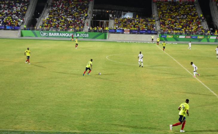 Colombia golea a trinidad y tobago y avanza a semis el for Sillas a contramarcha grupo 1 2