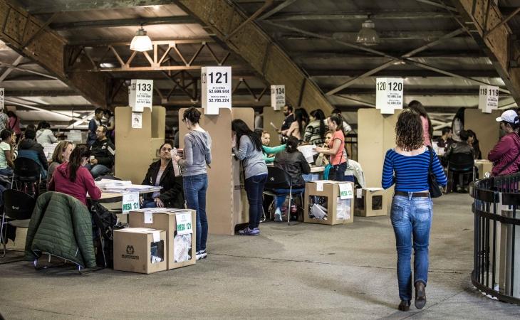Más 'delfines' se unen a la carrera electoral