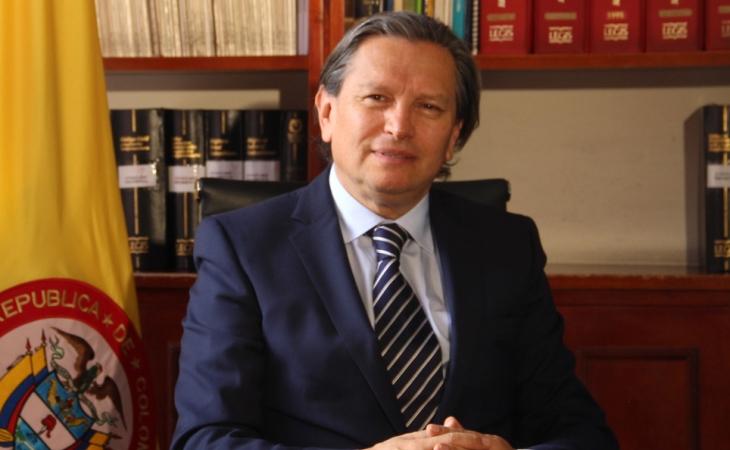 """""""Partidos no quieren desprenderse del CNE"""""""