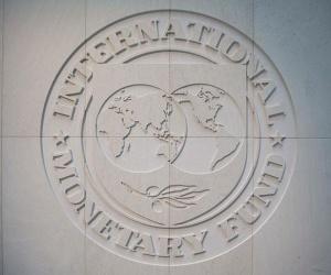 """FMI respalda """"apretón"""" presupuestal de Macri"""