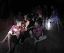 niños cueva